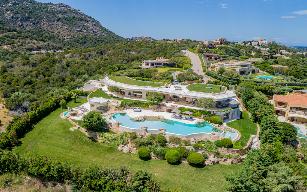 VILLA SALE PORTO CERVO THE ROCK
