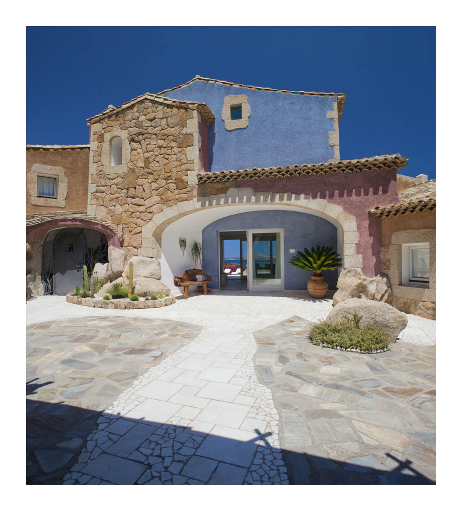 LUXURY VILLA FOR SALE Baja Sardinia PERLA