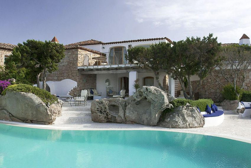 Luxury-Villa-WhiteRocks-Portorotondo-Sardinia-rent3