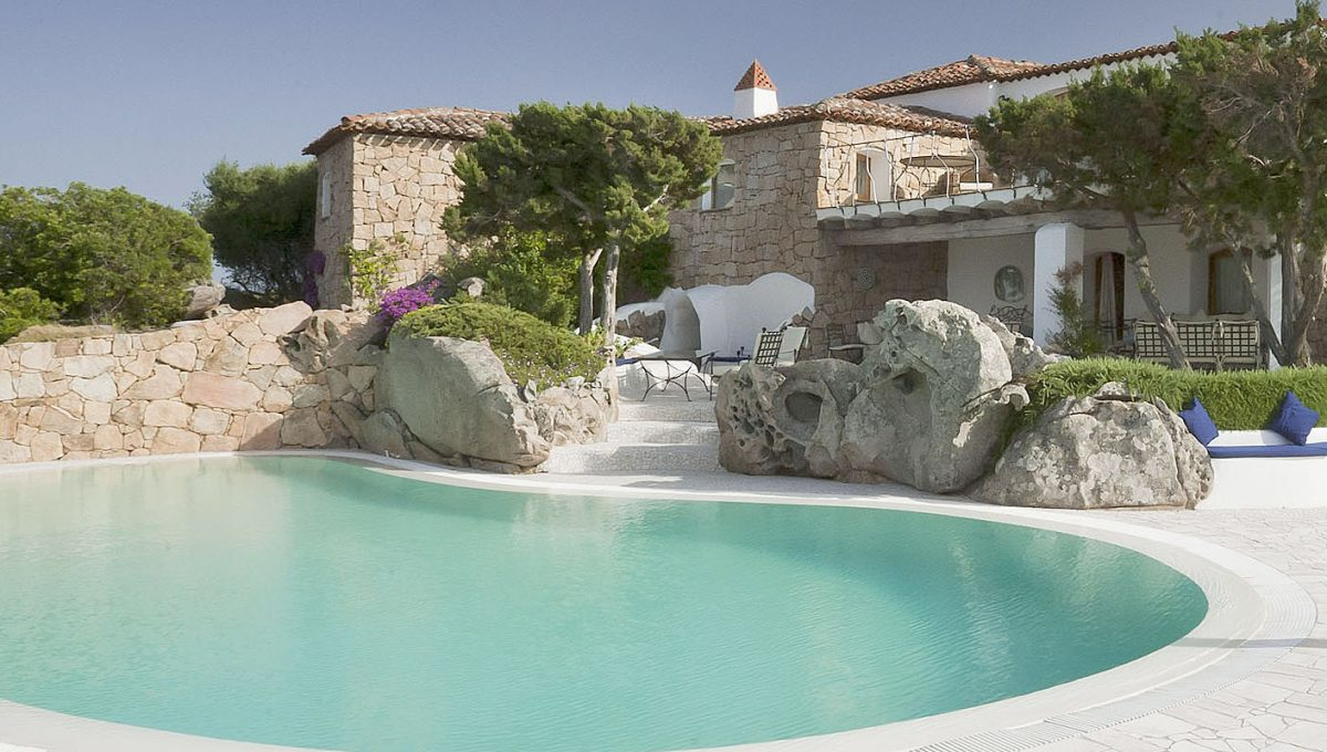 Luxury-Villa-WhiteRocks-Portorotondo-Sardinia-rent5